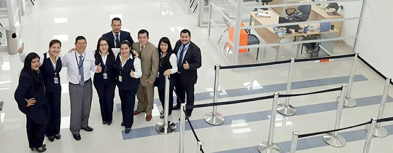 Bgr inaugur sus nuevas oficinas en la ciudad de machala for Oficinas y cajeros